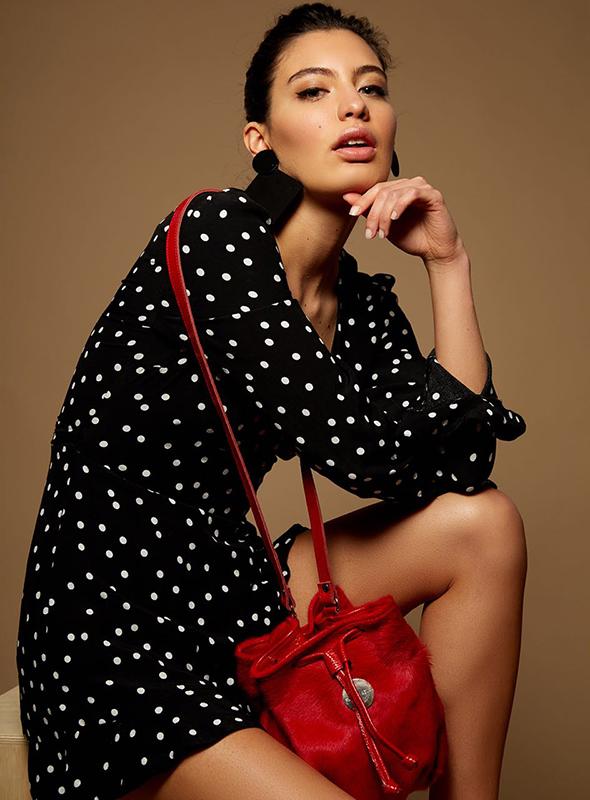 Modelo Camila Mancini